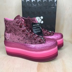 NIB Converse x Miley Cyrus All Star Platform Pink
